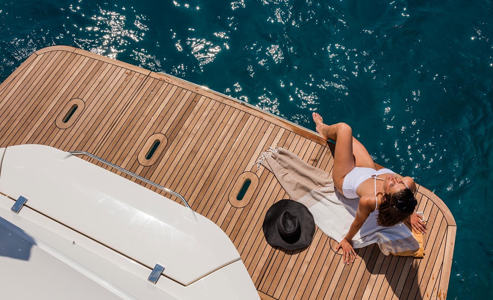 Фотосессия на яхте — БЕСПЛАТНО!