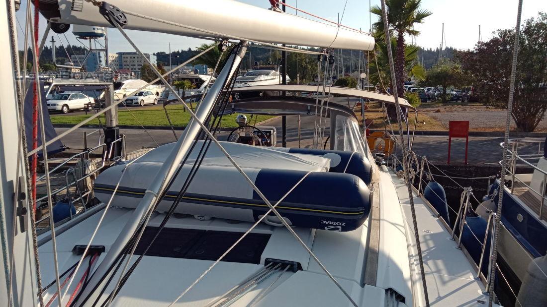 Яхта Jeanneau 509: ПРОДАНО